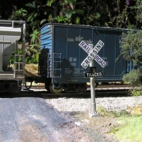 Atlas hopper and boxcar  HO scale