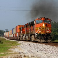 BNSF 5124 EB with stack train at Billings, MO, 7-18-08