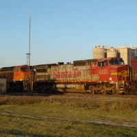 BNSF Dash 9-40CW 929 trailing unit in Brown Worm