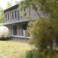 Freight house scenery complete