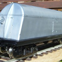 Borden's milk tank car - silver; brake wheel end
