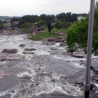 Bridge over Sioux Falls, view from the bridge