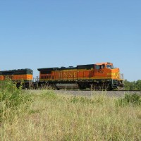 BNSF B40-8 537 near Tiger siding, Tulsa, OK