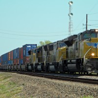 UP stack train on the BNSF
