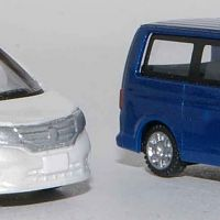 TomyTec-Serna-with-Wiking-VW-T5