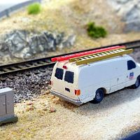 Lineside Models E350 as UP signal maintainers van
