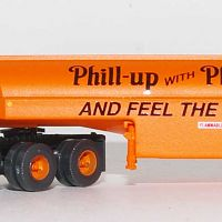 Trainworx 55122 Phillips Peterbilt Fuel Tanker