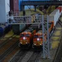Big BNSF power at Anson Gantry