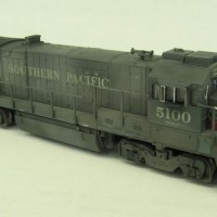 Southern Pacific B23-7 #5100. Lots of details added.