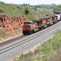 BNSF GEs pulling a manifest on the Curtis Hill, OK, Transcon line: AUg 2009