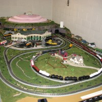 Long Train on Layout Reversing Loop