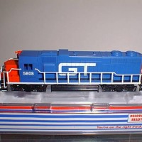 CUSTOM GT#5808 GP 38 SIDE VIEW