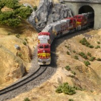 ATSF 643 EB at Tunnel 7 (east of Cliff)