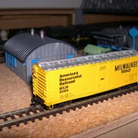 Atlas box car with Gold Medal Models stirrups and roofwalks