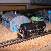 Roundhouse tankcar improved