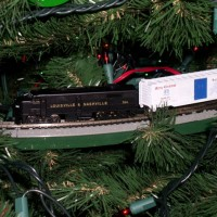 N-scale Christmas tree train