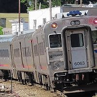 (NJT 4529) station arrival on the Pascack Valley Line [Bombardier ALP-45DP]