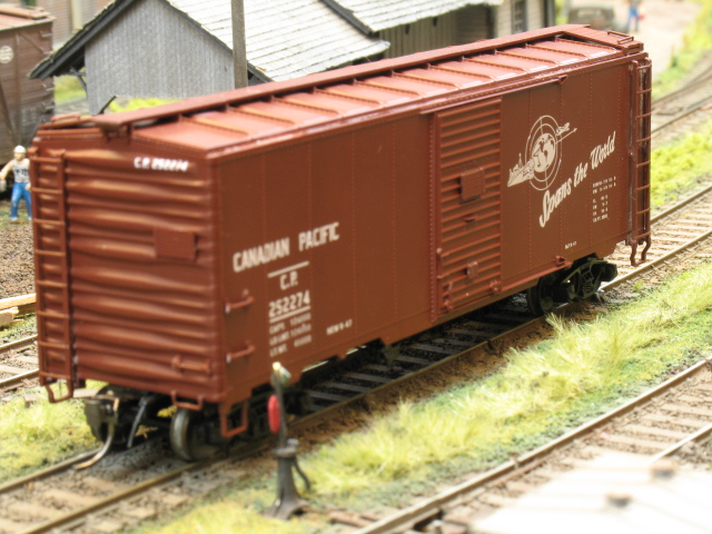 AAR and modified AAR boxcars