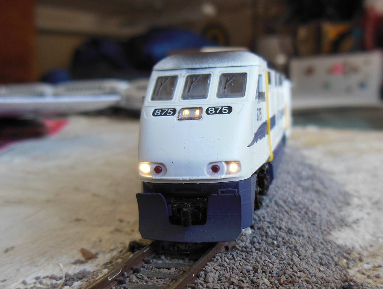 Athearn F59PHI Ditch Lights