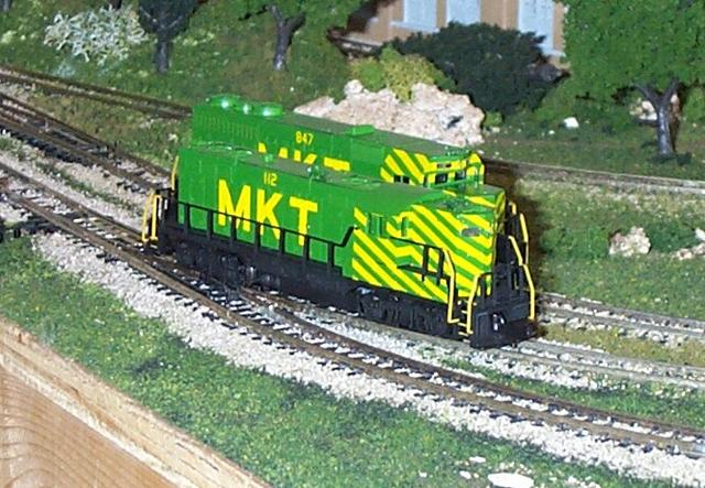Atlas N Scale gp7 mkt