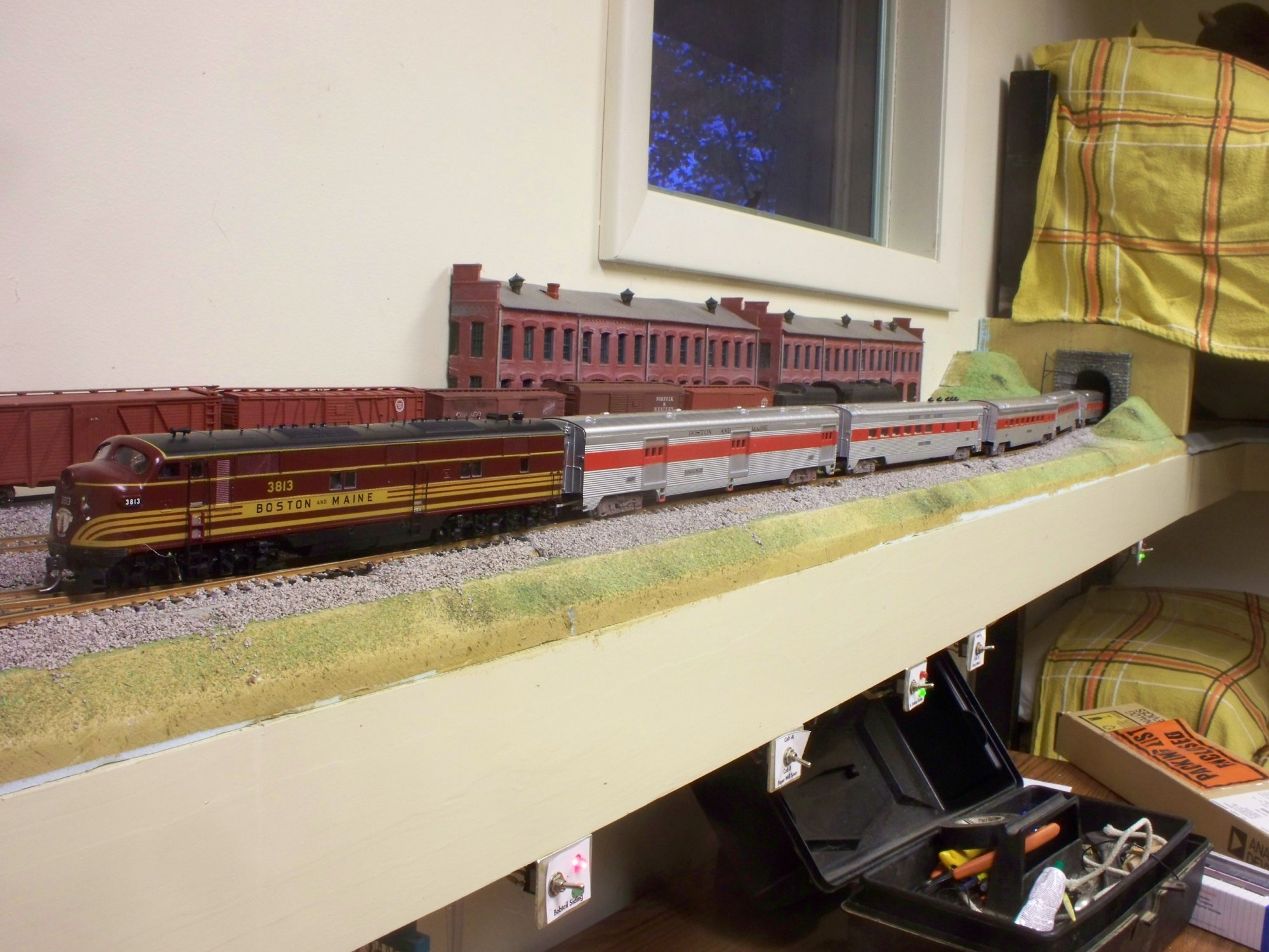 Boston&Main Streamliner