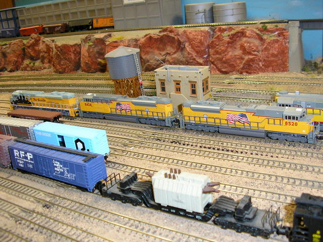 Brand new SD70ACe's, DRG&W and first two U.S. flag locos. First run on 6/14/09.