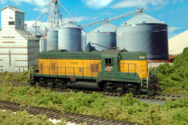 C&NW 1579, EMD GP-7, switches out the grain elevator at Blair Nebraska