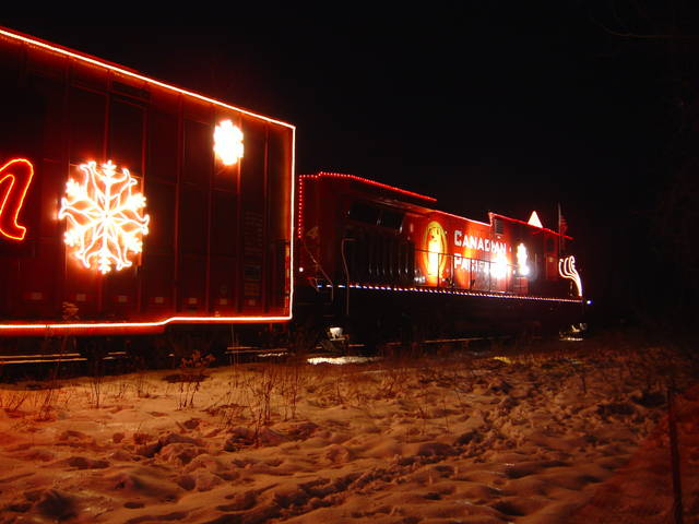CP Holiday Train, Gurnee IL 12/9/06.
