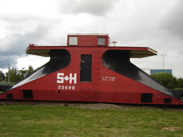 Double-ended branchline snow plow