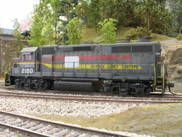 Family Lines GP38 (ex CRR) patched for CSX