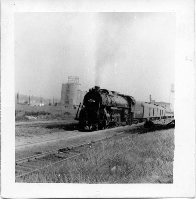 IC 4-8-2. Taken at the foot of Poplar Ave. at river front, Memphis.