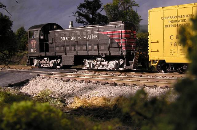 Indoors on the diorama Proto2000 S1 - HO scale