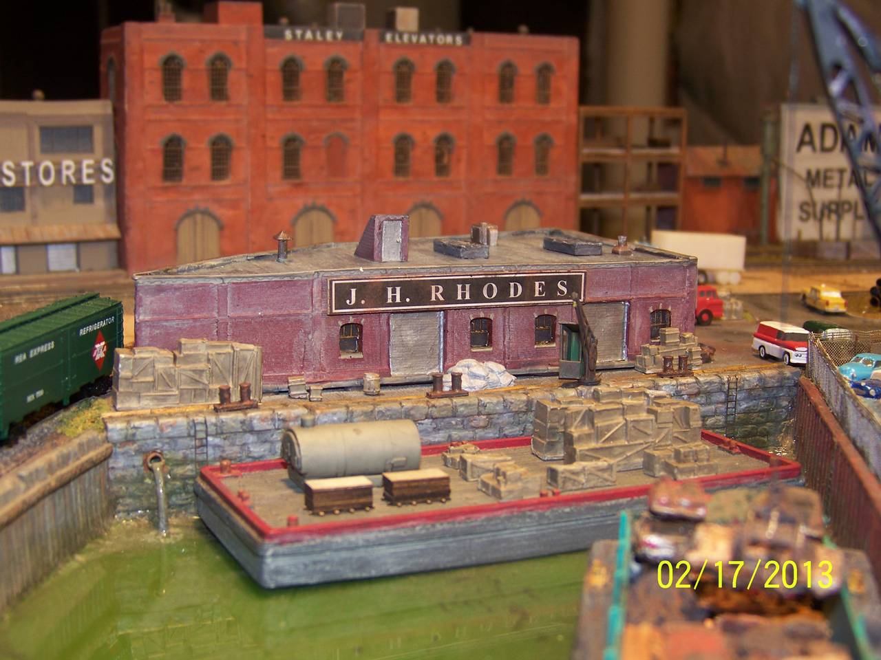 J_H_Rhodes_Shipping_Co_LIRR_in_Z_Scale_17_Feb_13_1