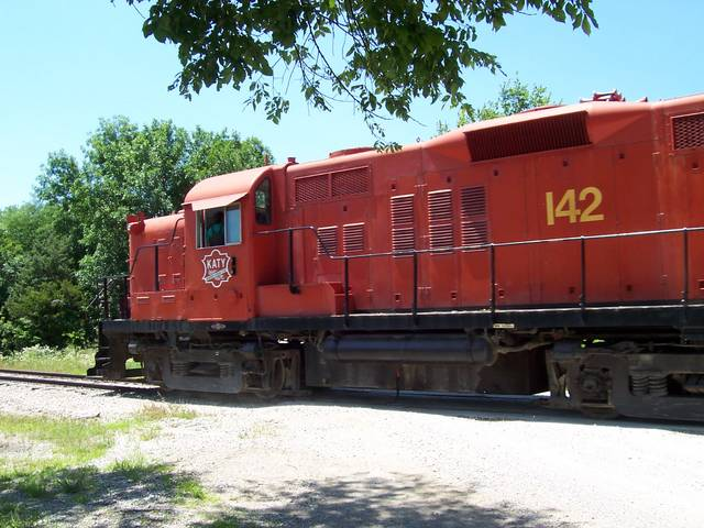 Midland Railroad's mixed Alco/EMD diesel