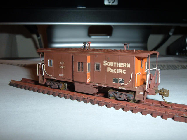 "N Scale Athearn SP Caboose #4667, FVM 33"" wheels, weathered using Weather System powders and Floquil paints"