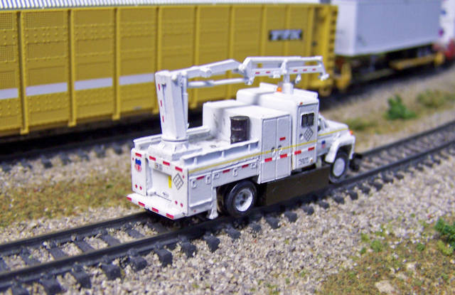 N Scale Custom Powered MOW Truck