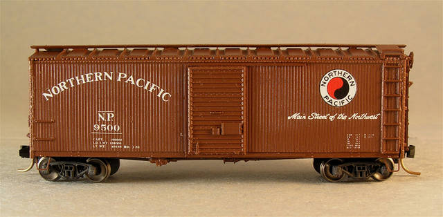 Northern Pacific Boxcar 9500