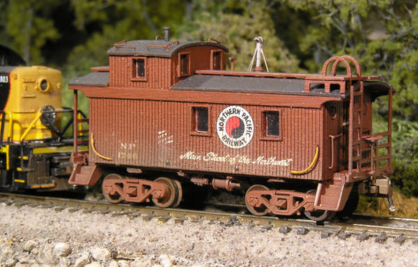 Northern Pacific Caboose #1746