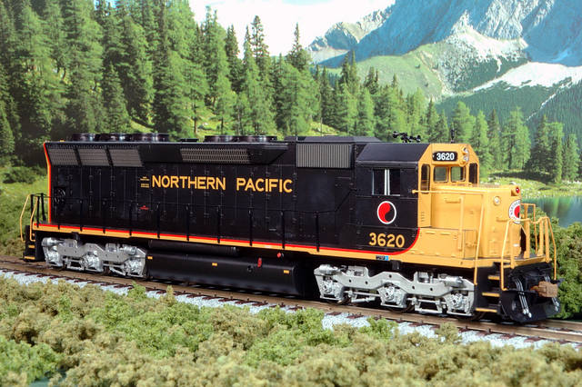 NP 3620, EMD SD45, Athearn RTR model