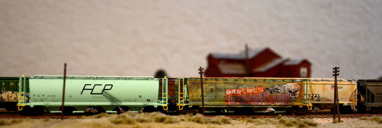 Old and new: FCP (Ferrocarriles del Pacifico) hoppers