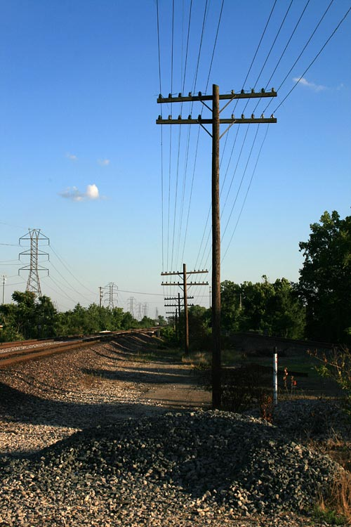 Quintessential RR, Power Lines Shot