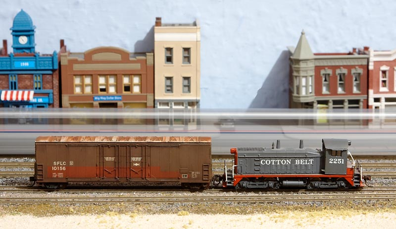 SFLC 10156 -  Lightly Weathered Evans Boxcar (Atlas) Side 1