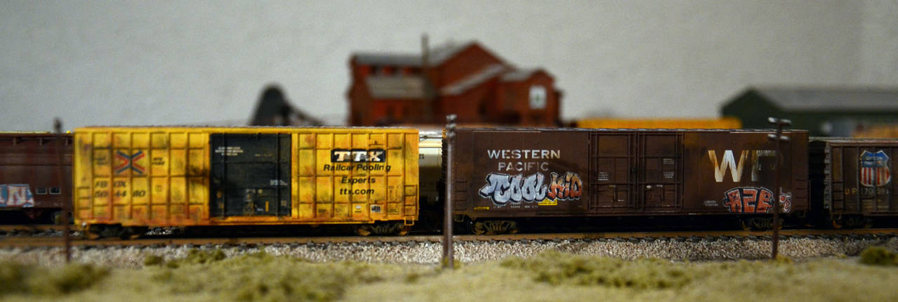 some weathered boxcars ...