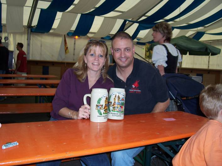 Sue_John_at_Graf_Folksfest_5_Aug_05_1