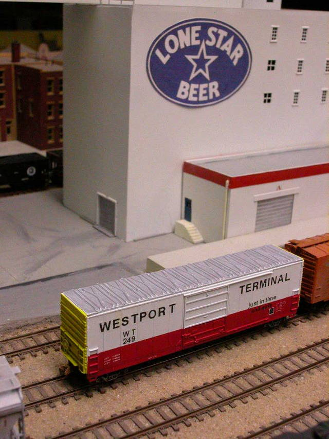 Westport Terminal Boxcar Spotted at Lone Star Brewry