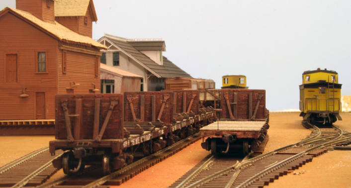 Willoughby Line - Log train on siding