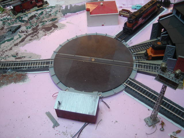 photo essay making an atlas deck into a true pit turntable model rh cs trains com Atlas Light Wiring Diagrams Atlas N Scale Turntable