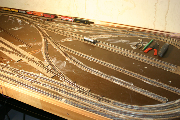 Plandlbuild usa likewise Track plans moreover 1 as well Scale Layouts On A Door as well Search. on kato n scale track layouts