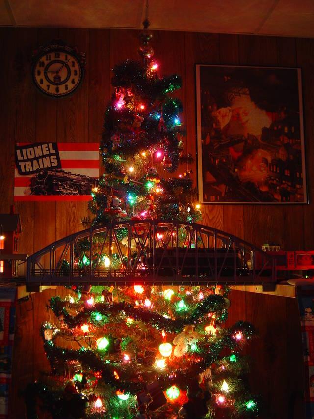 Model Railroad Christmas Cards...   TrainBoard.com - The Internet\'s ...